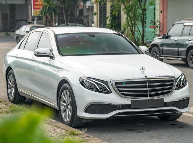 Bán Mercedes-Benz E 200 sau 3 năm giữ gìn, nữ chủ xe than thở: 'Thiệt hại cả nửa tỉ đồng'