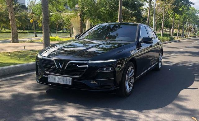 Admin hội VinFast từng trải nghiệm nhiều xe sang: Tôi mua Lux A2.0 vì rẻ - Ảnh 1.