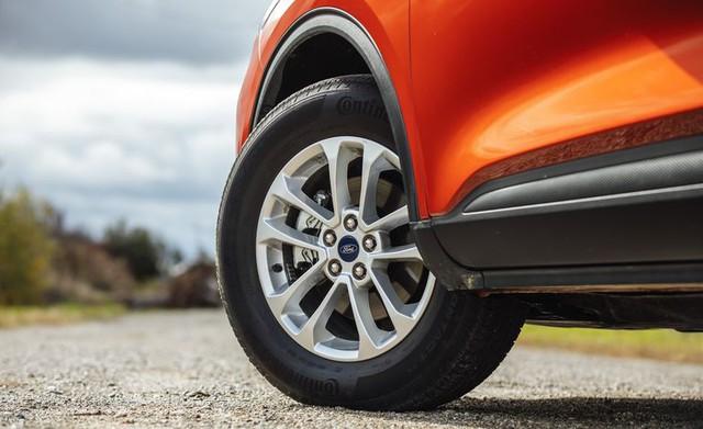 Đánh giá Ford Escape 2020 sắp bán tại Việt Nam: Thừa sức vươn lên Honda CR-V nếu giá tốt - Ảnh 12.