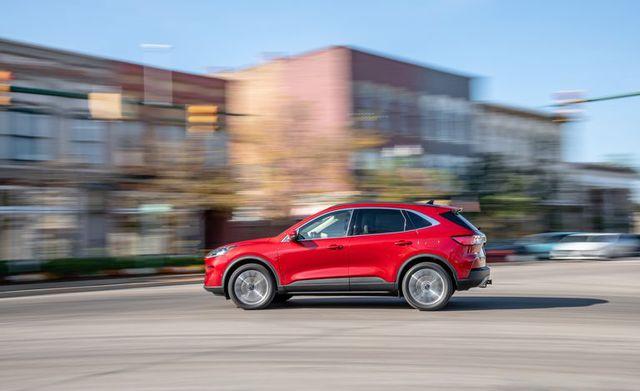 Đánh giá Ford Escape 2020 sắp bán tại Việt Nam: Thừa sức vươn lên Honda CR-V nếu giá tốt - Ảnh 8.