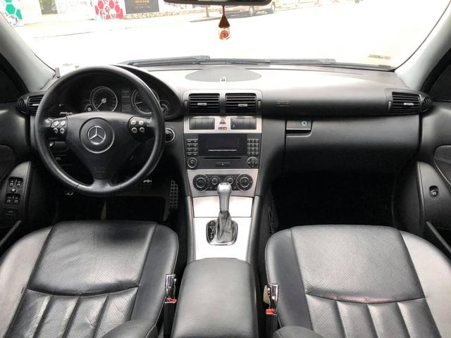 Bán Mercedes-Benz C180K Sport màu hiếm giá chưa đến 300 triệu, chủ xe hứng trọn 'gạch đá' đầu xuân - Ảnh 4.
