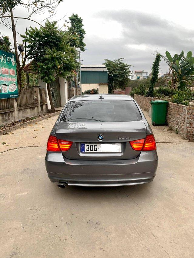 Bán xe giá ngang Toyota Vios, chủ nhân BMW 3-Series than thở: Gia đình nhiều người ngoại cỡ - Ảnh 2.