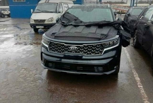 Kia Sorento mới lần đầu lộ diện trần trụi - Đối trọng lớn của Hyundai Santa Fe - Ảnh 1.