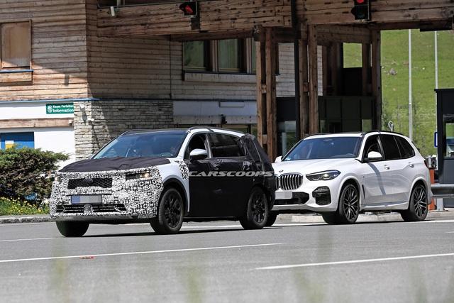Kia Sorento mới lần đầu lộ diện trần trụi - Đối trọng lớn của Hyundai Santa Fe - Ảnh 3.