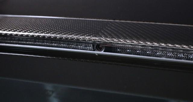 Aston Martin ra lò gương chiếu hậu thông minh mới: Tầm nhìn trước và 2 bên thu về hết 1 màn hình, không có điểm mù - Ảnh 4.