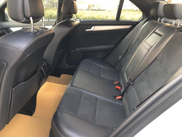 Chạy chưa tới 7.000 km/năm, Mercedes-Benz C200 2011 giữ giá cao ngang Mazda3 2019 đập hộp - Ảnh 5.