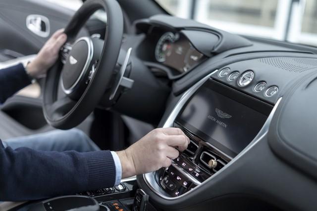 Aston Martin DBX sắp về Việt Nam - SUV mang động cơ siêu xe, giá từ gần 20 tỷ đồng ngang Lamborghini Urus - Ảnh 5.