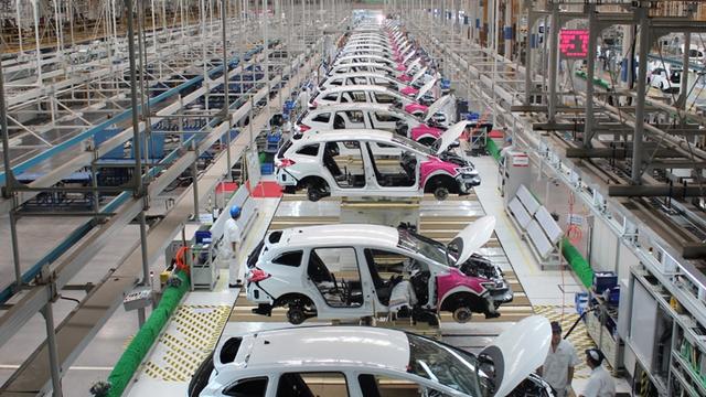 2020, xe nội địa đồng loạt giảm giá, tha hồ chọn mua ô tô - Ảnh 2.