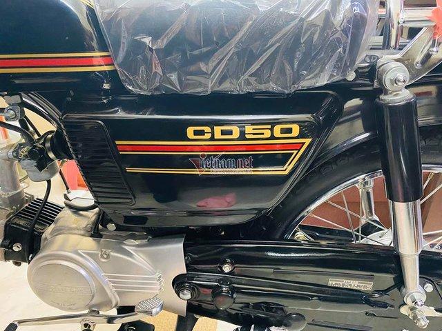 Xe máy Honda CD50 43 năm tuổi chưa từng đổ xăng 800 triệu - Ảnh 5.