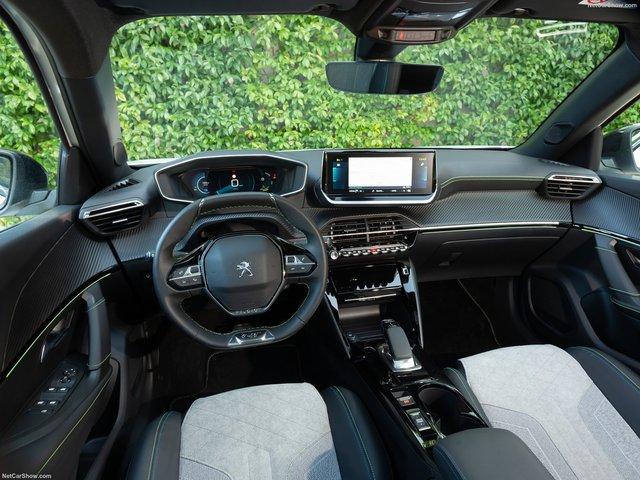 Peugeot 2008 - đối thủ Honda HR-V và Hyundai Kona sẽ về Việt Nam trong năm nay? - Ảnh 2.