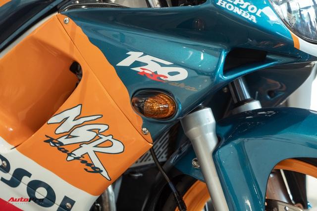 Biker Sài Gòn lột xác huyền thoại Honda NSR 150 cũ kỹ từ vài chục triệu thành bản độ hơn 200 triệu đồng nức lòng dân chơi Việt - Ảnh 12.
