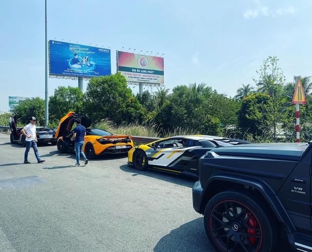 Doanh nhân Nguyễn Quốc Cường tụ họp cùng dàn siêu xe trăm tỷ tham gia tiệc cuối năm của Car Passion - Ảnh 3.
