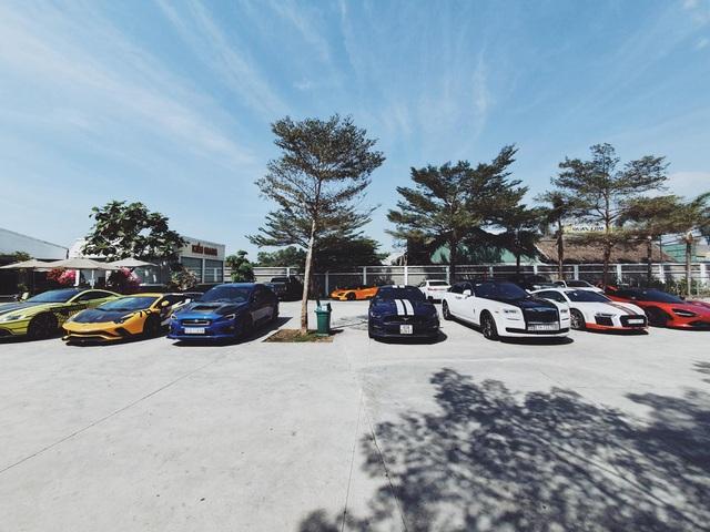Doanh nhân Nguyễn Quốc Cường tụ họp cùng dàn siêu xe trăm tỷ tham gia tiệc cuối năm của Car Passion - Ảnh 5.