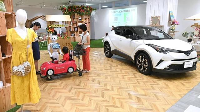 Giới trẻ Nhật chán mua xe mới, thị trường ô tô lao dốc, nhưng nguyên nhân mới là điều bất ngờ - Ảnh 1.