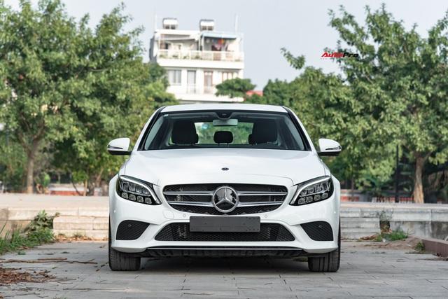 Cần đổi SUV chạy Tết, chủ nhân Mercedes-Benz C200 bán xe sau 1.600 km với giá đắt hơn VinFast Lux A2.0 gần 100 triệu đồng - Ảnh 9.
