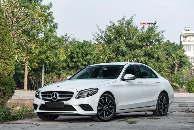 Cần đổi SUV chạy Tết, chủ nhân Mercedes-Benz C200 bán xe sau 1.600 km với giá đắt hơn VinFast Lux A2.0 gần 100 triệu đồng - Ảnh 2.