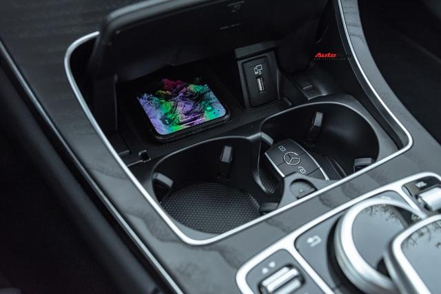 Cần đổi SUV chạy Tết, chủ nhân Mercedes-Benz C200 bán xe sau 1.600 km với giá đắt hơn VinFast Lux A2.0 gần 100 triệu đồng - Ảnh 6.