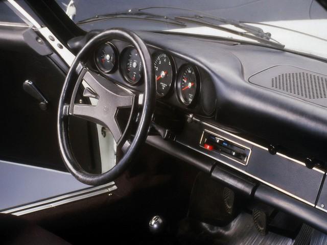 Tỉ phú mua xe Porsche cổ qua mạng, nhận cái kết vô cùng đắng - Ảnh 2.
