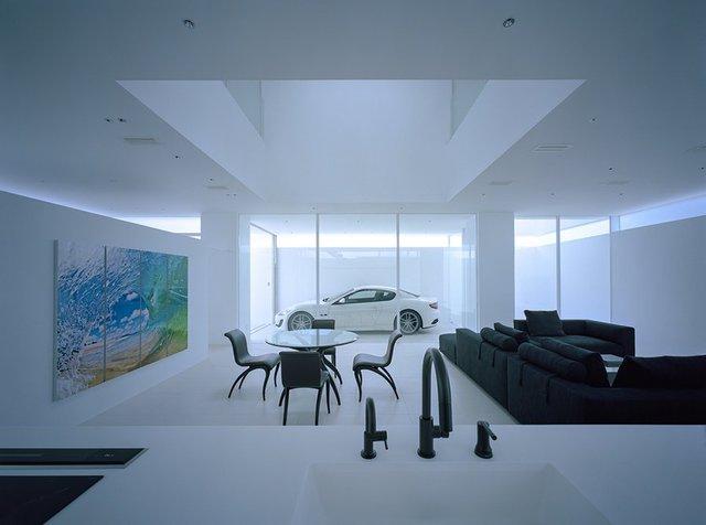 Biệt thự siêu xe cho đại gia thích giấu của: Che tất mặt tiền nhưng lộ trọn vẹn Maserati GranTurismo - Ảnh 5.