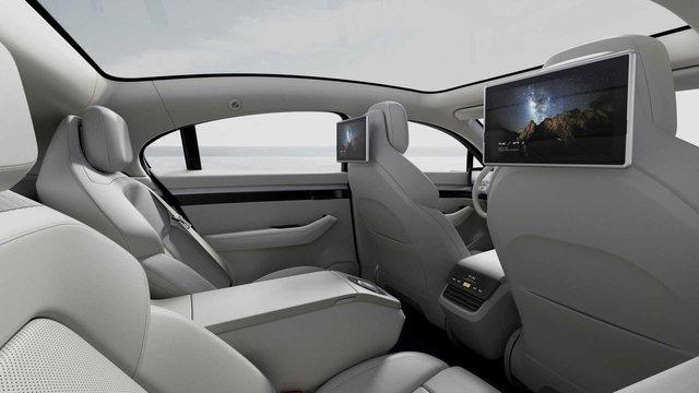Sony bất ngờ ra mắt ô tô mang tên Vision-S, bắt tay đối tác của VinFast - Ảnh 5.