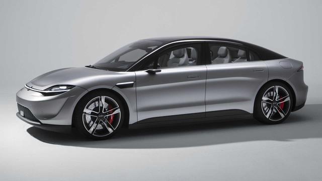 Sony bất ngờ ra mắt ô tô mang tên Vision-S, bắt tay đối tác của VinFast - Ảnh 1.