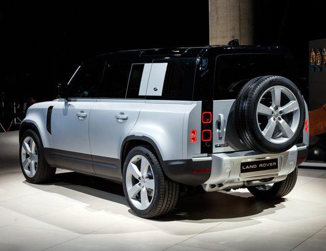 Land Rover Defender 2020 chốt giá từ 3,715 tỷ đồng tại Việt Nam - Ảnh 3.