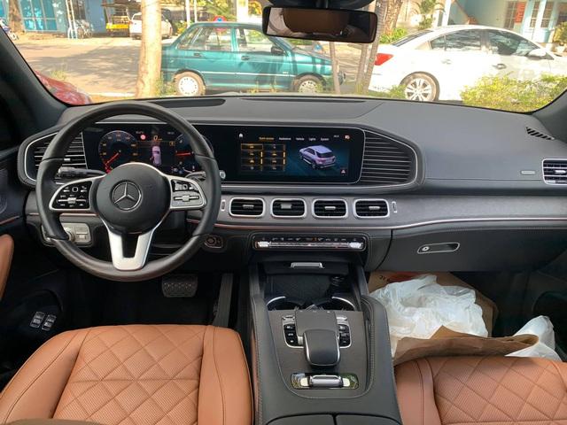 Mercedes-Benz GLE 350 2020 đầu tiên về Việt Nam với nhiều trang bị 'xa xỉ', giá gần 6,4 tỷ đồng cho người chịu chơi - Ảnh 4.
