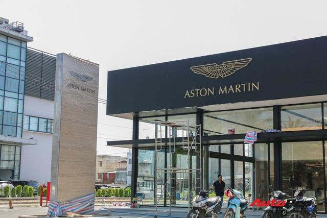 Lộ diện showroom mới của Lamborghini tại Việt Nam - Cách không xa đối thủ Ferrari - Ảnh 3.