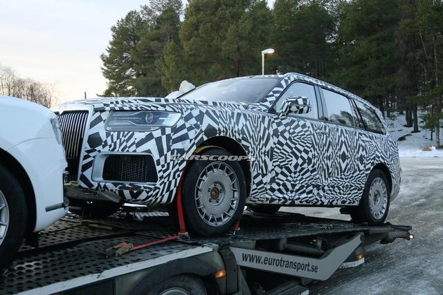 Sau sedan, Rolls-Royce nước Nga làm SUV đấu hẳn Cullinan - Ảnh 2.