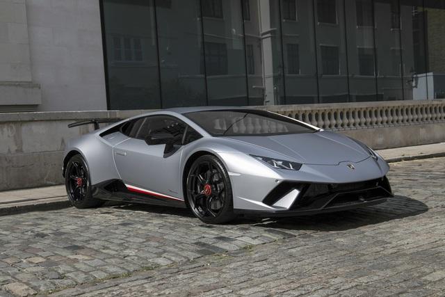 Rộ tin Lamborghini Huracan Performante đã về Việt Nam với giá không dưới 33 tỷ đồng - Ảnh 1.