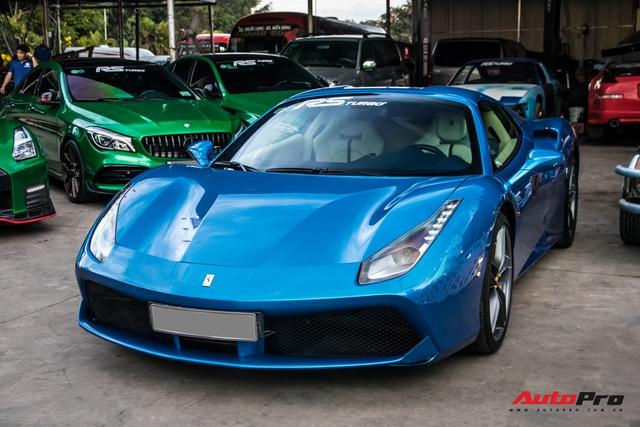 Cận cảnh Ferrari 488 Spider màu xanh dương độc nhất Việt Nam của đại gia Bình Phước - Ảnh 8.