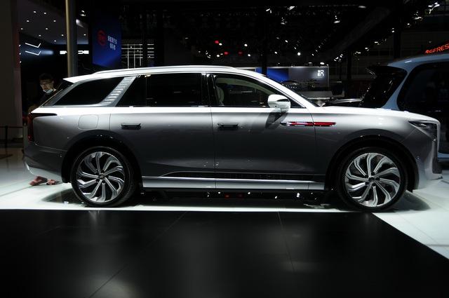 Ra mắt Maybach S-Class kéo dài của Trung Quốc Hongqi H9+: Pha trộn cả Mercedes, Bentley và Rolls-Royce - Ảnh 4.