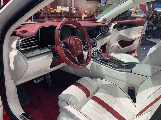Ra mắt Maybach S-Class kéo dài của Trung Quốc Hongqi H9+: Pha trộn cả Mercedes, Bentley và Rolls-Royce - Ảnh 2.