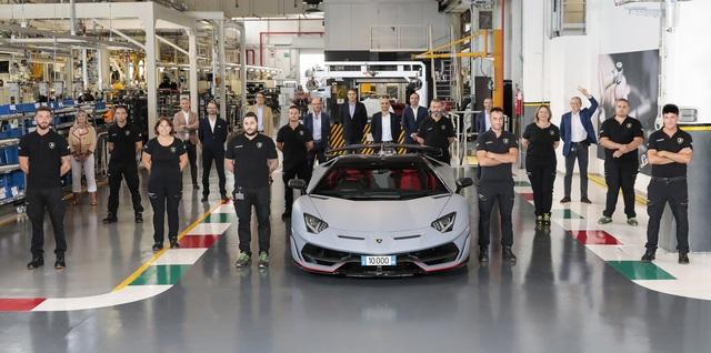 Volkswagen có thể thanh lý Lamborghini, Ducati và Bugatti nếu được giá - Ảnh 1.