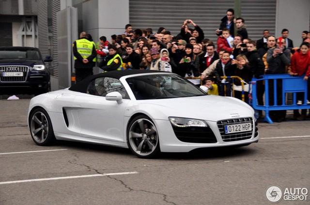 Bộ sưu tập siêu xe của Ronaldo: Rolls-Royce Ghost dẫn đầu với giá 86 tỷ - Ảnh 4.