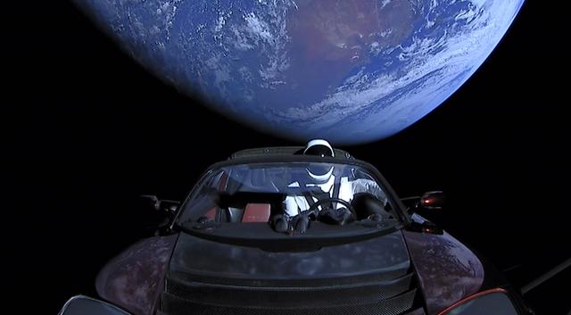 Đã tiến sát sao Hỏa, nhưng siêu xe điện của Tesla vẫn trễ hẹn với khách hàng - Ảnh 2.