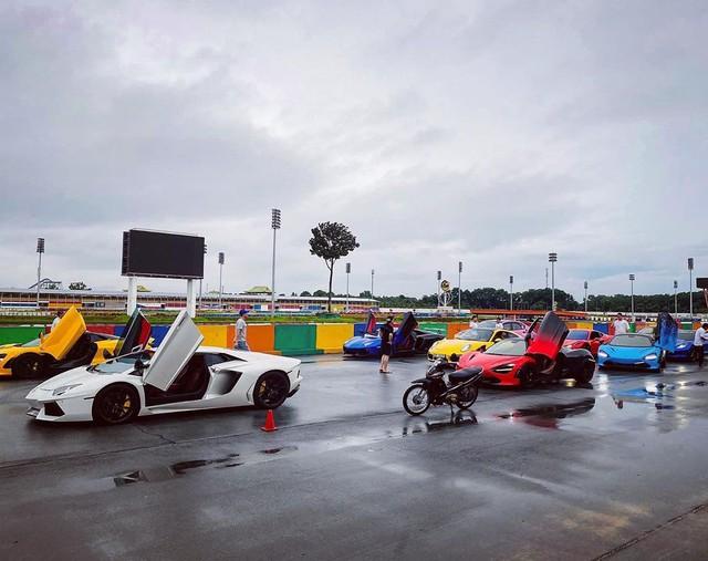 Evo Team hội ngộ tại trường đua Đại Nam dịp cuối tuần, dàn xe đầy sắc màu gây sự chú ý lớn - Ảnh 9.