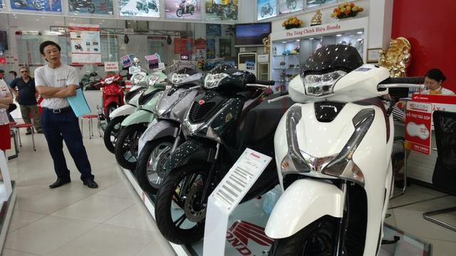 Thị trường xe máy Việt Nam ngược dòng tăng mạnh - Ảnh 1.