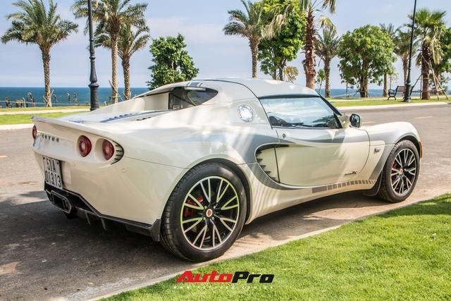 Chiêm ngưỡng xe thể thao Lotus Elise S2 độc nhất Việt Nam của tập đoàn Novaland, biển số độc gây chú ý - Ảnh 3.