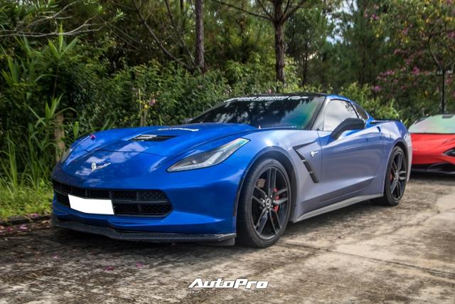 Cận cảnh Chevrolet Corvette C7 Stingray màu độc giá hơn 4 tỷ đồng của dân chơi Trà Vinh - Ảnh 1.