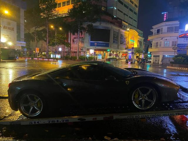 Doanh nhân Hải Phòng chia tay Ferrari 488 GTB màu xám đầu tiên về Việt Nam, màu sơn ngoại thất là chi tiết dễ gây nhầm lẫn - Ảnh 1.