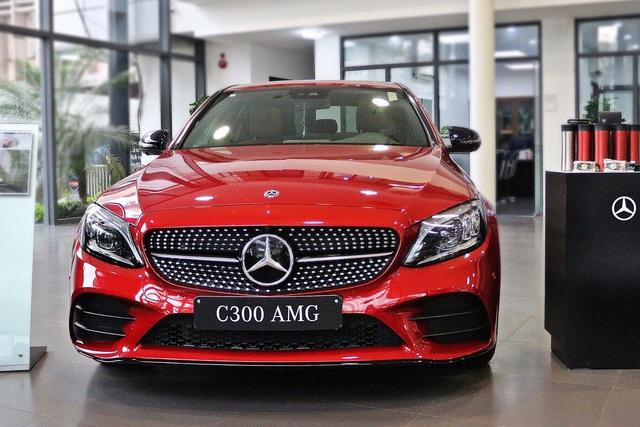 BMW hạ giá sốc cuối năm: Sau giảm giá là tặng trước bạ gần 400 triệu đồng, đáp trả Mercedes-Benz - Ảnh 3.