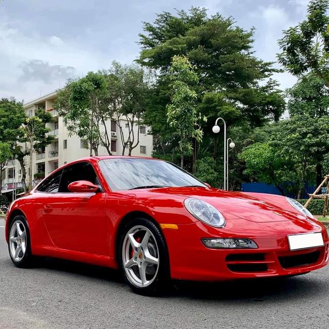 Vừa bảo dưỡng hết 300 triệu, hàng hiếm Porsche 911 Carrera vẫn bán lại giá chưa đến 3 tỷ đồng - Ảnh 1.