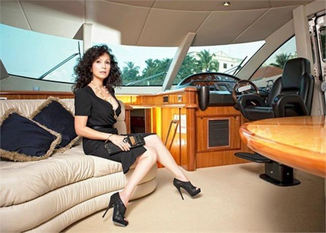 Nhìn lại những du thuyền lên tới vài triệu đô đắt giá của giới doanh nhân Việt, có chiếc lên tới cả trăm tỉ khiến dân tình gọi luôn biệt thự trên biển - Ảnh 4.