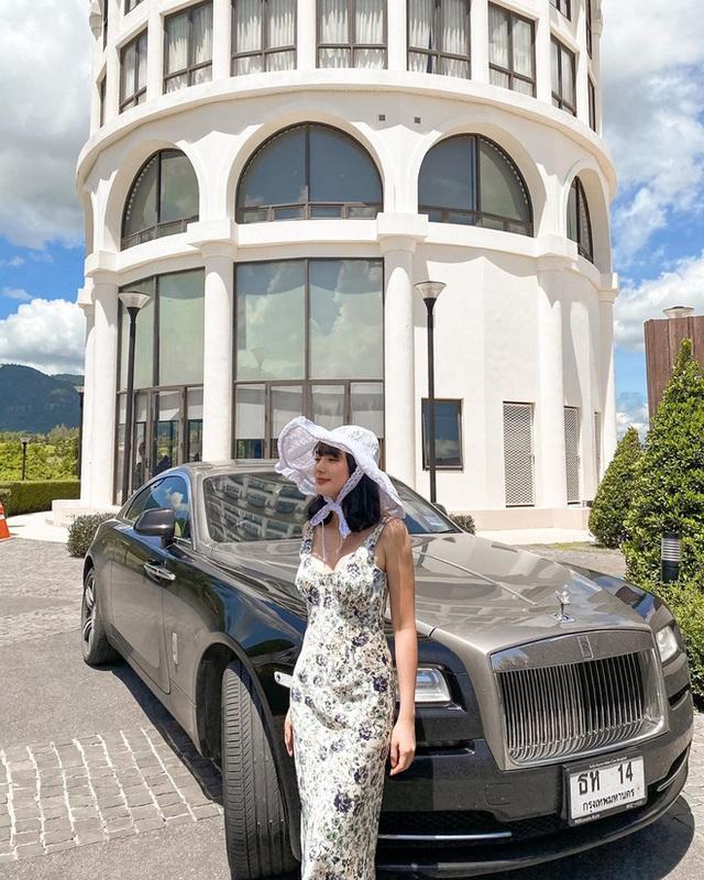 Ngồi Lamborghini - Rolls-Royce sao cho sang cũng phải học, biết đâu sự giàu có ập đến nay mai - Ảnh 8.
