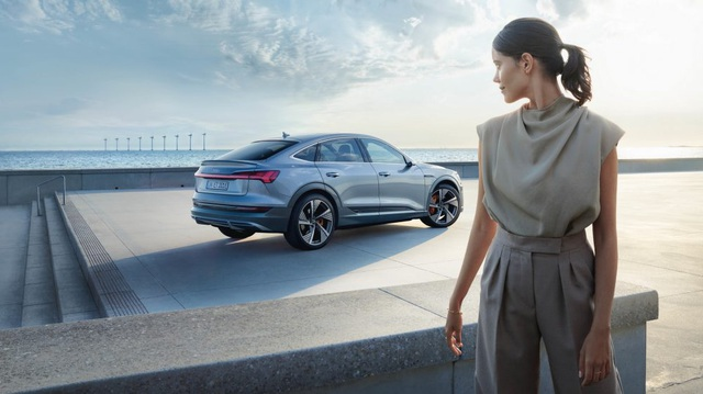 Ganh đua với Mercedes-Benz và BMW, Audi quyết 'đập đi xây lại' với ngôn ngữ thiết kế đơn giản và gọn gàng