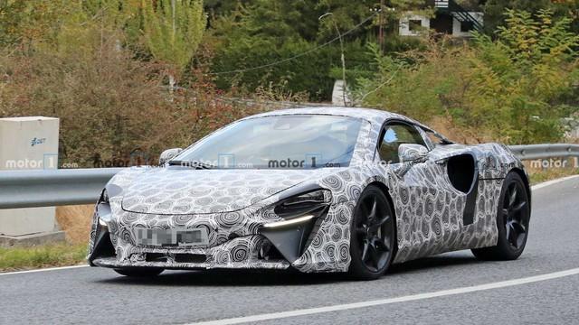 Siêu xe McLaren bí ẩn dùng động cơ hybrid dần lộ diện - Ảnh 1.