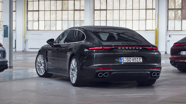 Porsche Panamera nâng cấp cho fan tốc độ: Tăng tốc 0-100 km/h trong 3 giây như siêu xe - Ảnh 3.