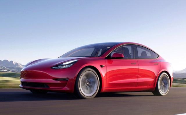 Tesla Model 3 mất lái đâm vào trạm xe buýt ở Bắc Kinh? Tài xế giải thích: Tay lái quá nặng, không thể bẻ lái - Ảnh 3.