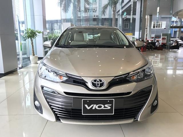 """Điểm danh loạt ô tô """"hot"""" luôn đắt khách, giá chỉ dưới 500 triệu đồng - Ảnh 2."""
